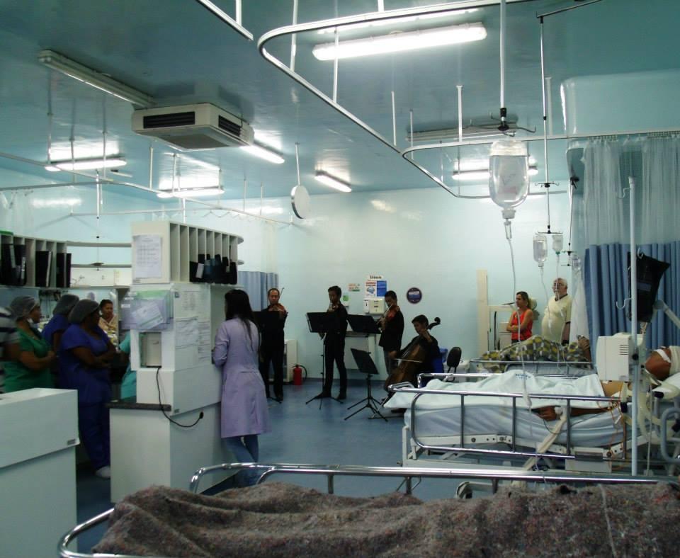 Natal em Todo Canto 2013-Apresentação na UTI do Hospital Regional